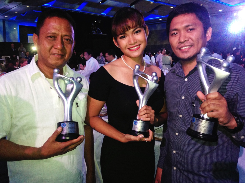 SM Super Award for Yolanda coverage with Cameraman Art Serrano and Asst. Cameraman Marlon Espiridion