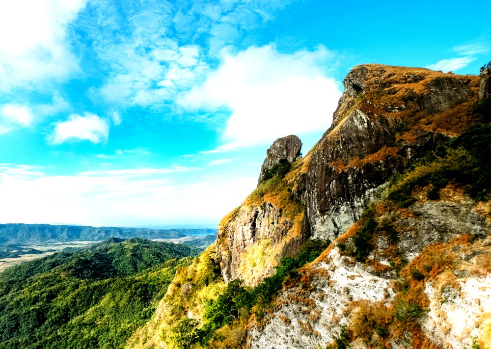 Conquering Pico de Loro. Written by Jervis Manahan for SubSelfie.com.