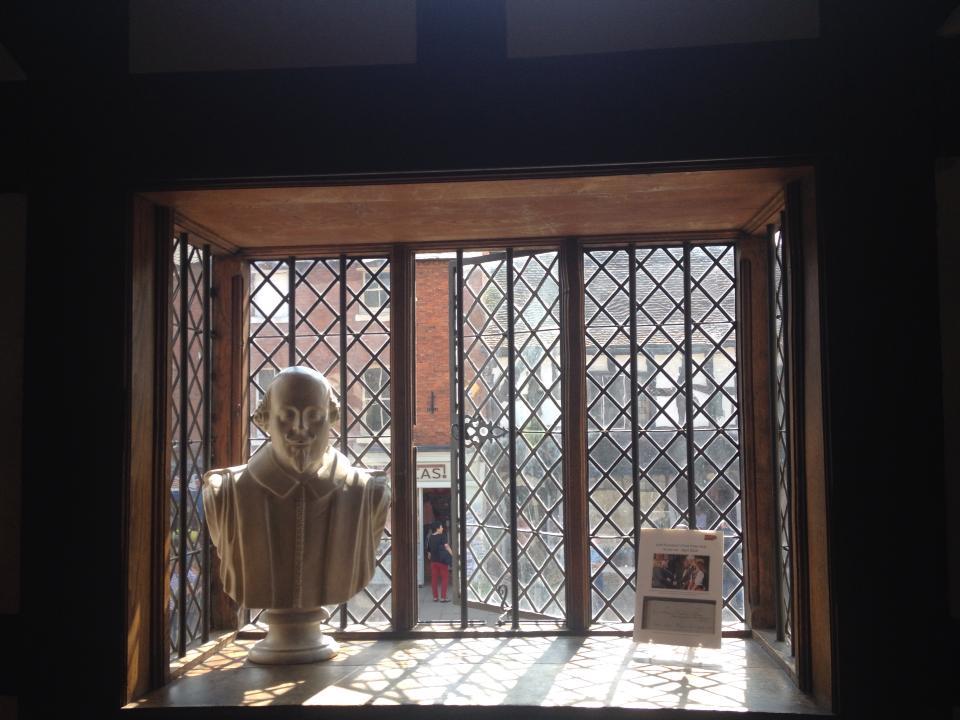 Shakespeare's bust.