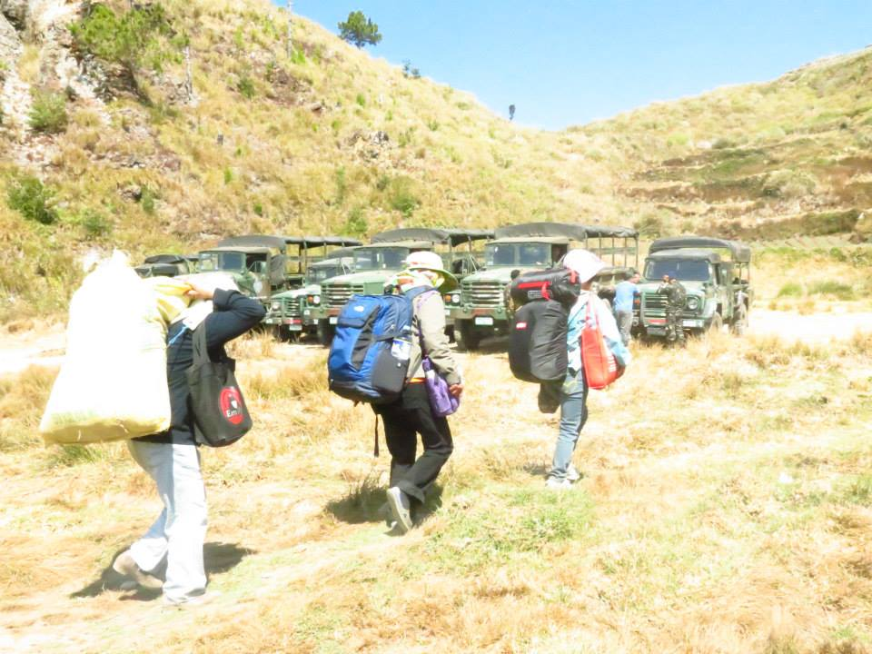 Porters in Pulag