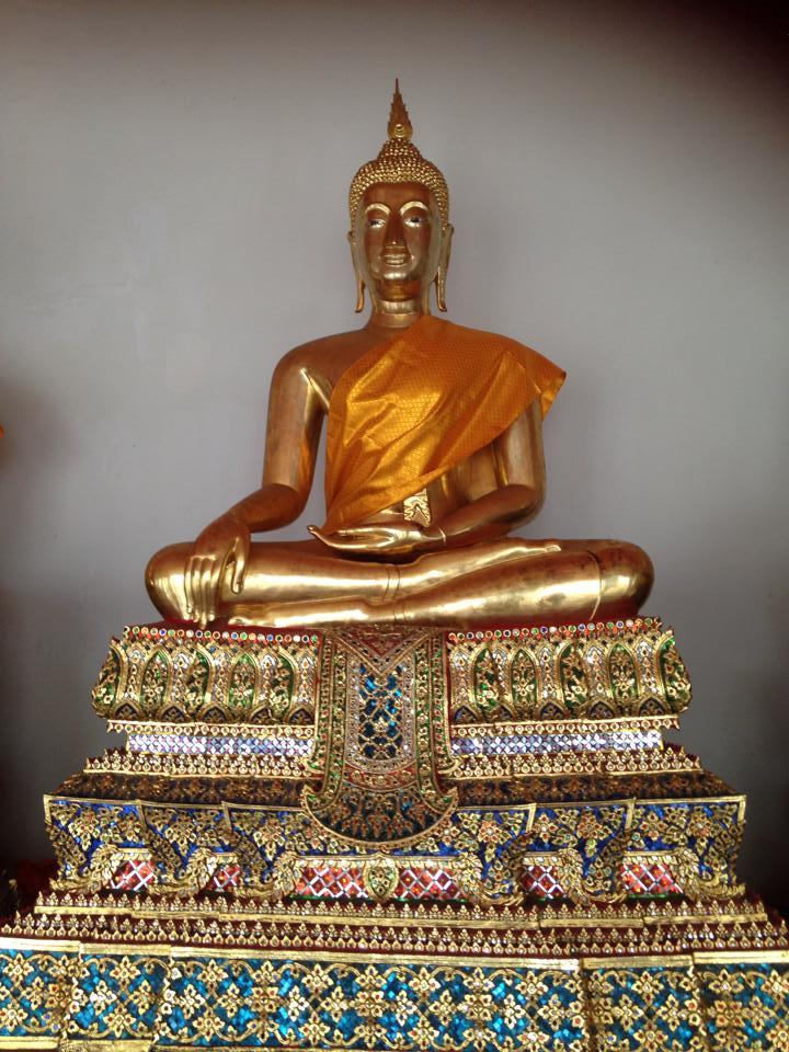 Wat-Pho-Bangkok-SubSelfie-1