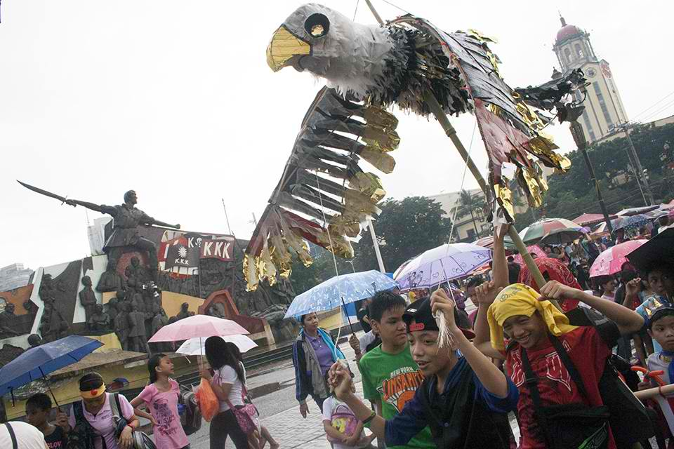 Eagle effigy in Manila
