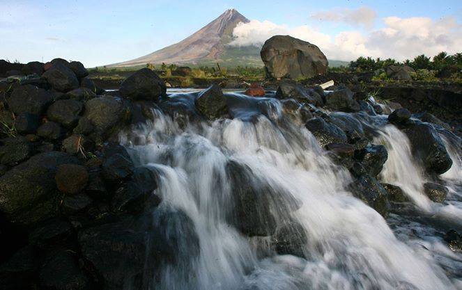Albay's Paradox. Photo courtesy: Niño Orbeta
