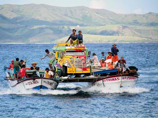 Cargo transfer. It's more fun in the Philippines.