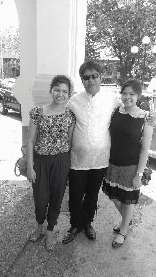 Abys with her father and her younger sister, both of whom she left in Mexico, Pampanga.