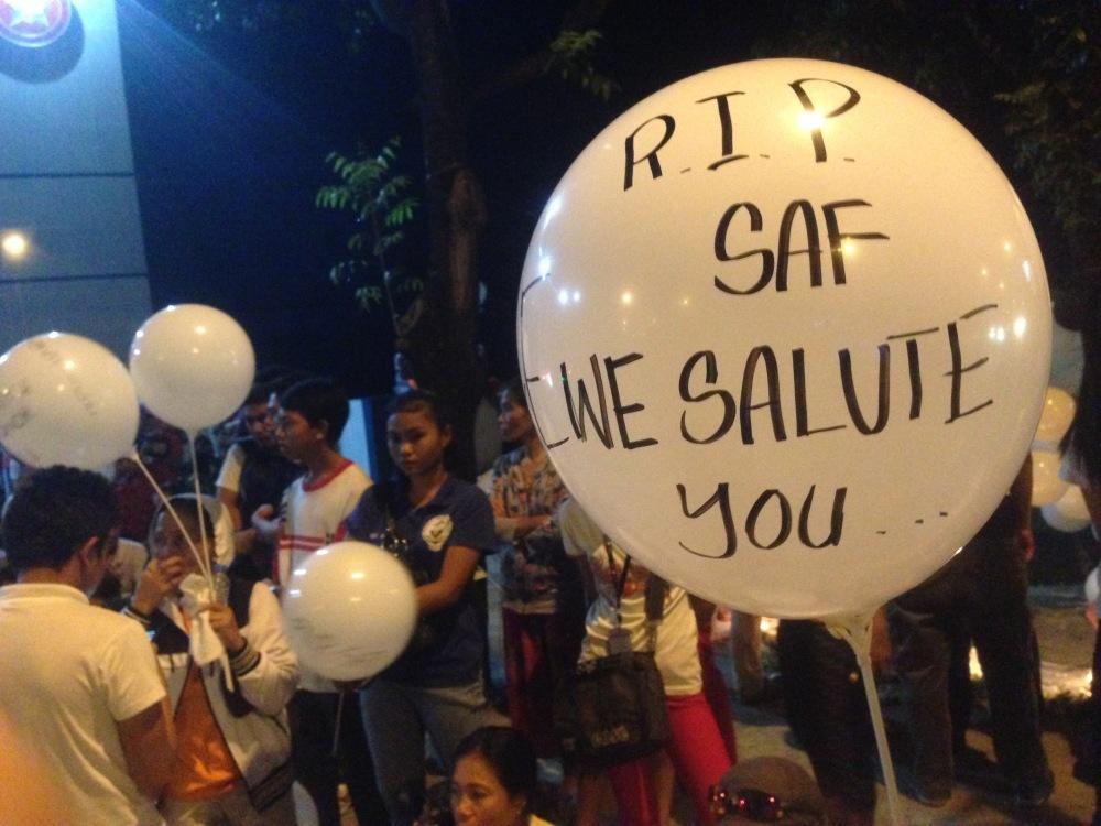 PNP-SAF-Mamasapano-Maguindanao-Massacre-Oplan-Wolverine-Marsan-SubSelfie-Blog-white-balloons-salute