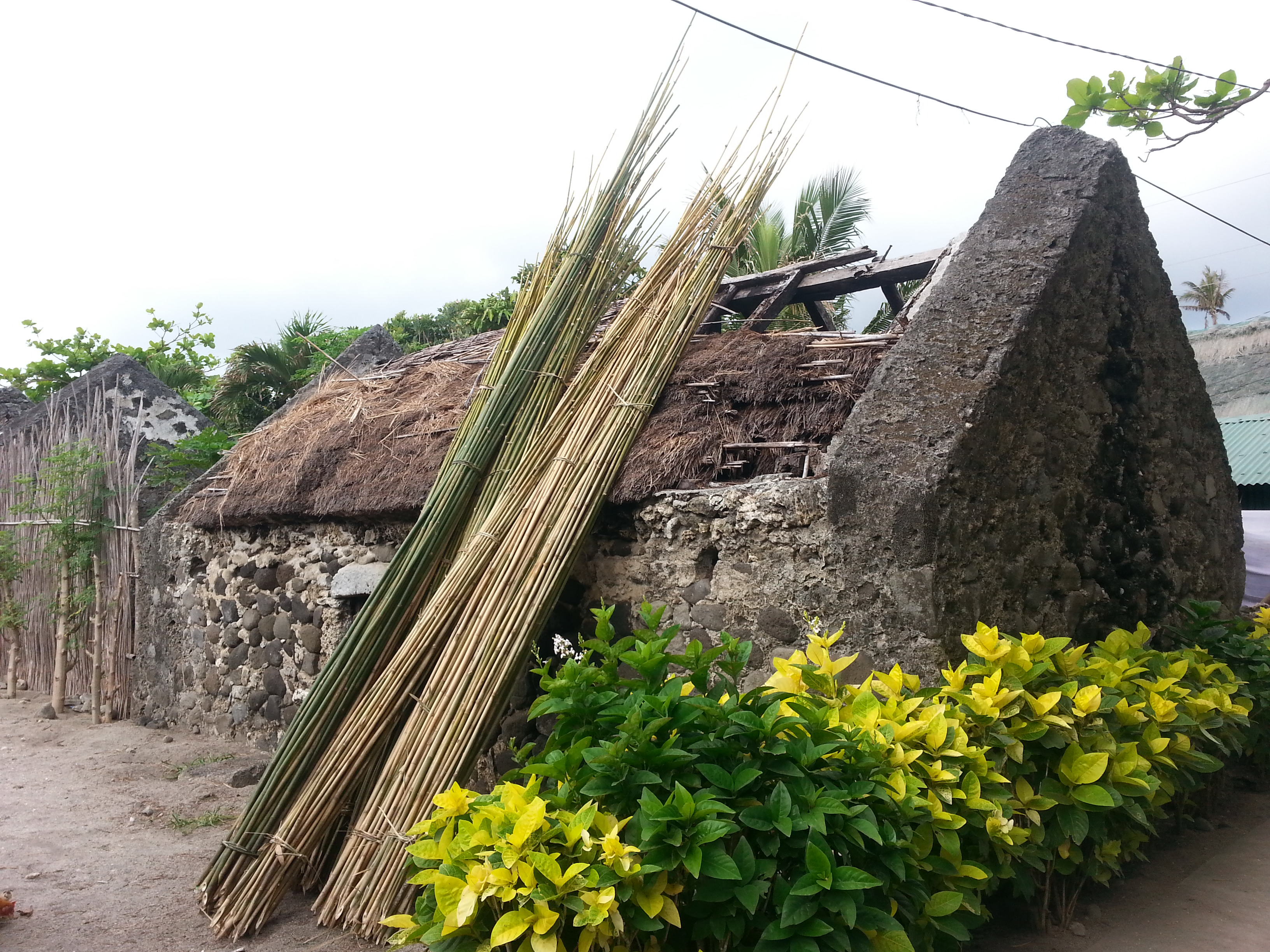 Roofless stonehouses