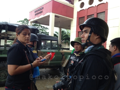 evacuation-Zamboanga-displaced-children-conflict-mindanao-makoi-popioco-reelouttakes-subselfie.jpg