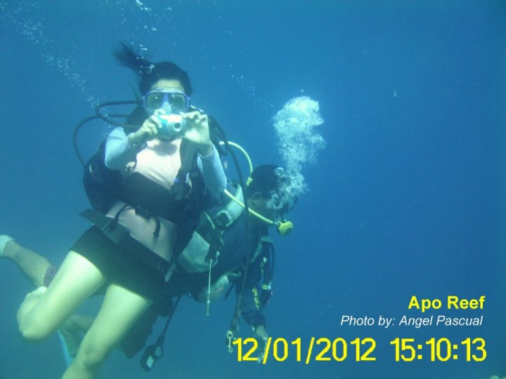 Subselfie_Going Places, Falling In Love_Che Gurrobat_Backpacking Pilipinas_Apo Reef
