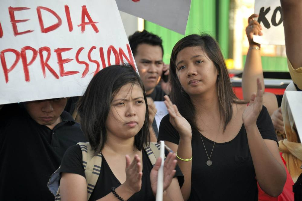 At the TAG Protest #Isang Kandila at Dasal Para sa mga Kontraktuwal (Courtesy: Mr. Jojo Tan)