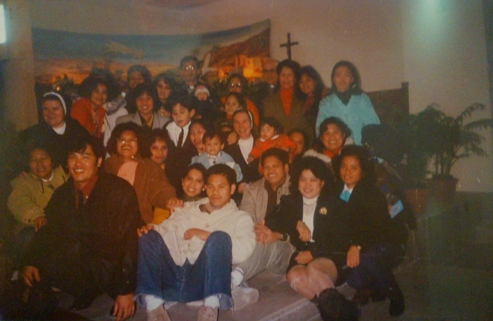 The Filipino community in Italy.