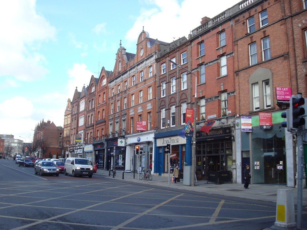Baggot Street in Upper Dublin.