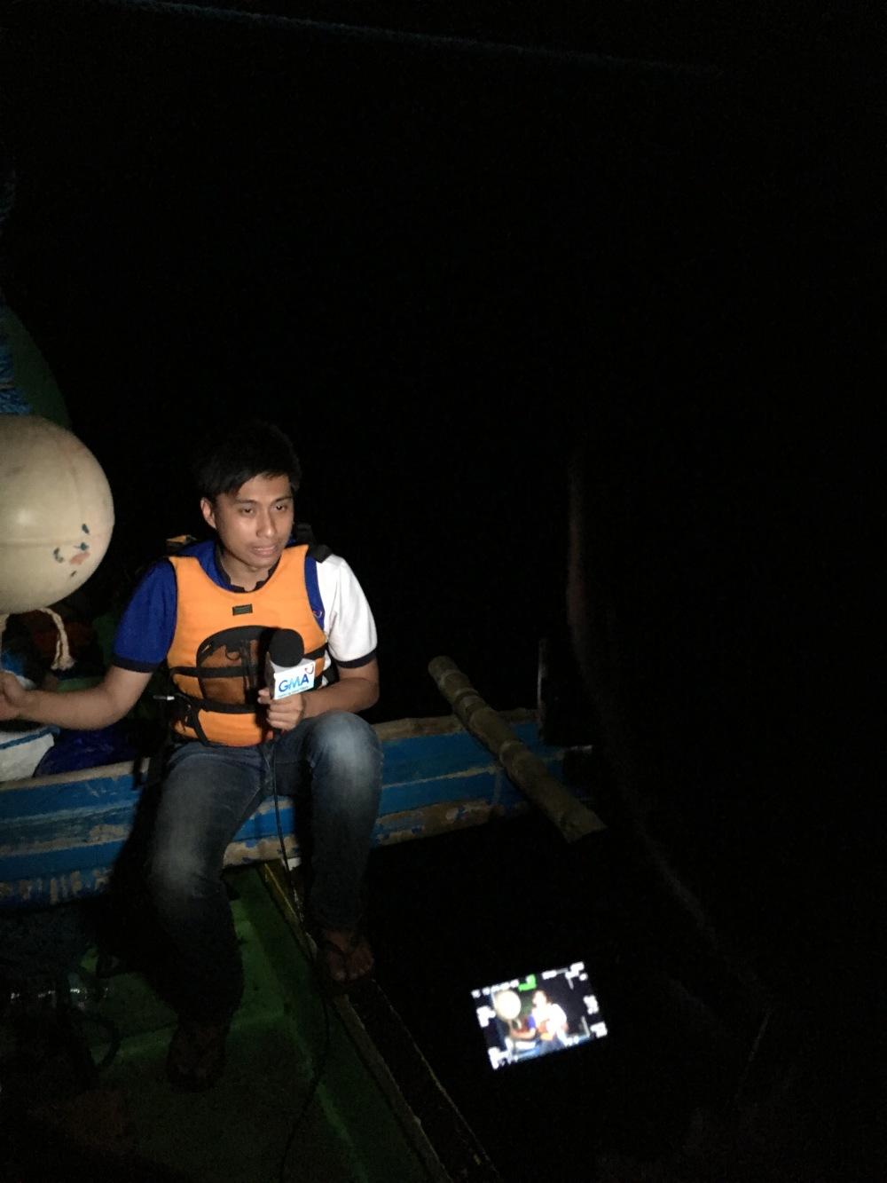 Banter with Jessica Soho for State of the Nation with the help of a satellite phone.