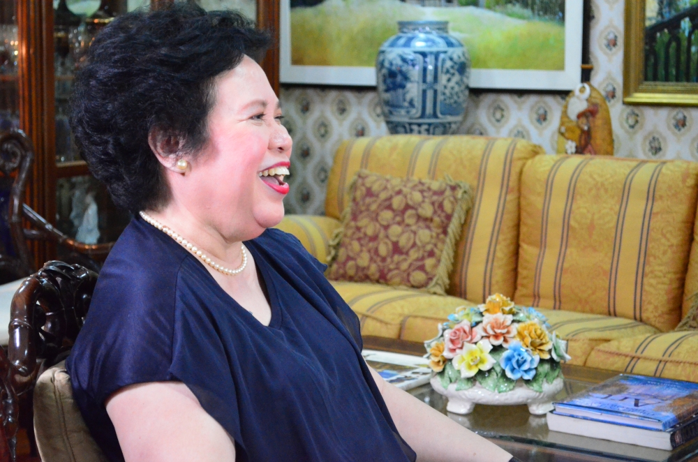 laughing-senator-miriam-defensor-santiago-photo-by-bam-alegre-2012-subselfie-blog