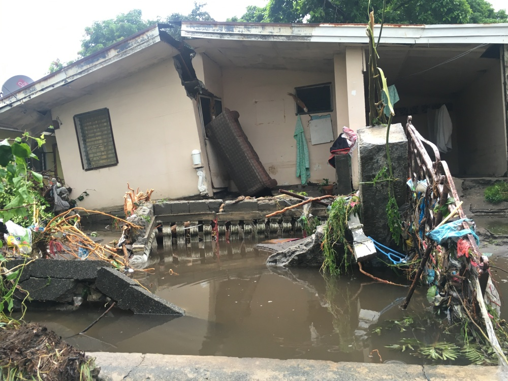 pampanga-house-destroyed-by-flood-photo-by-tricia-zafra-subselfie-blog