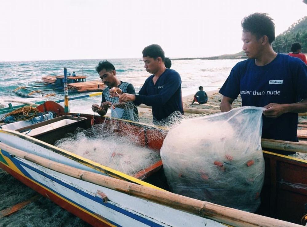 SubSelfie-laborer-fishermen