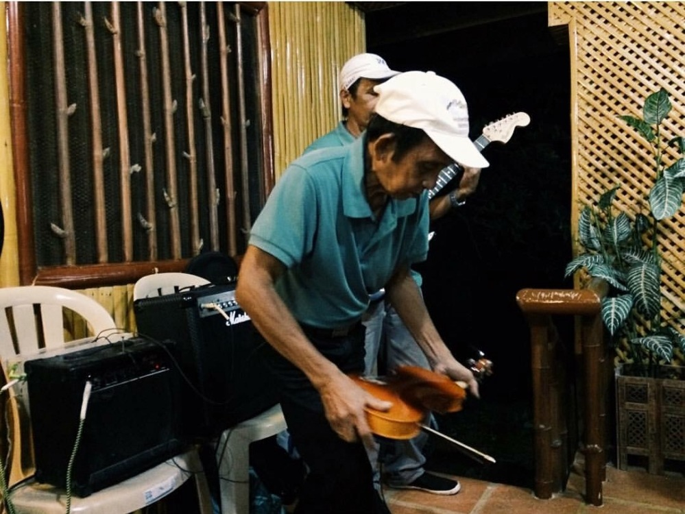 SubSelfie-laborer-Musician