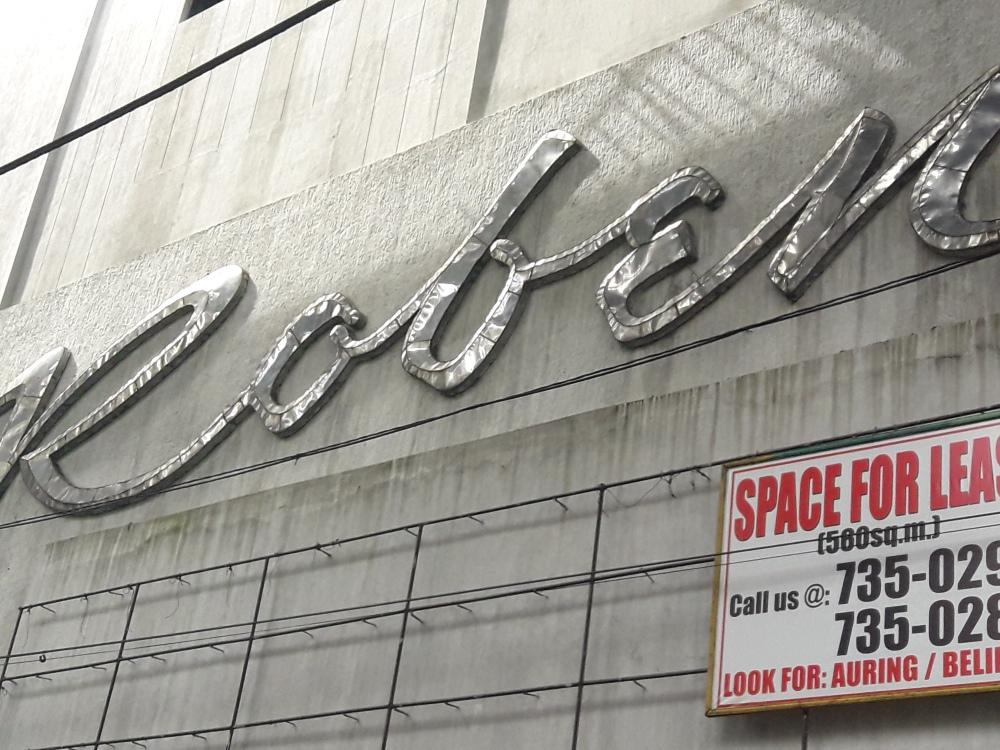 Roben Theater